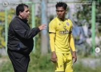 Carlos Oliveira Belum Temukan Komposisi Terbaik Skuad Arema FC
