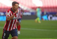 Setelah Messi, Kini Giliran Fabregas yang Sentil Barcelona soal Kepergian Suarez