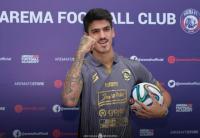 Arema FC Lepas 2 Pemain Asing