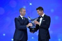 Robert Lewandowski Raih Gelar Pemain Terbaik Eropa 2019-2020