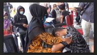 Gahar saat Demo, Berakhir Mewek di Pangkuan Orangtua