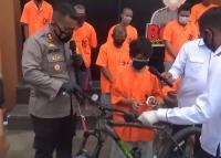 Penyapu Jalan Nekat Curi Sepeda Polisi, Dijual Rp800 Ribu