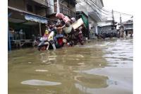 Sudah Berhari-hari, Banjir Rob Rendam Permukiman Warga di Muara Angke