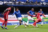Bikin Blunder di Laga Everton vs Liverpool, Wasit David Coote Dibebastugaskan
