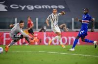 Masih Positif Covid-19, Cristiano Ronaldo Kemungkinan Turun di Laga Juventus vs Barcelona