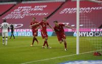 Lewandowski Hattrick, Bayern Munich Bantai Eintracht Frankfurt 5-0