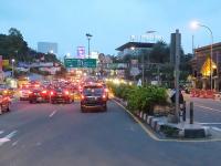 4 Jam Oneway, Jalur Puncak Bogor Kembali Nomal Dua Arah