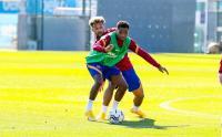 Ansu Fati Kena Hukuman dari Koeman saat Barcelona Kalahkan Juventus
