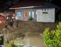 Puluhan Rumah Rusak Akibat Banjir Bandang di Sungai Pagu Sumbar
