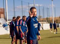 Ingin Bajak Depay, Pelatih Lyon Beri Peringatan ke Koeman