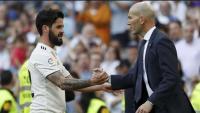 Dikabarkan Hengkang, Zidane Tegaskan Isco Bertahan di Real Madrid