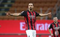 Ogah Tua, Zlatan Ibrahimovic Bikin Rekor saat AC Milan Hajar Napoli 3-1