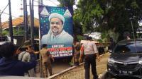 Kasatpol PP: Kota Bekasi Bersih dari Spanduk Bergambar Habib Rizieq
