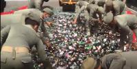 Ribuan Botol Miras Hasil Razia Selama Pandemi Dimusnahkan