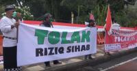 Warga Jatim Tolak Kedatangan Habib Rizieq, Siap Menghadang di Bandara