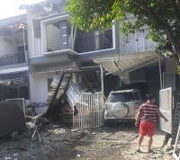 Tabung Gas Meledak, Rumah dan Mobil Berantakan