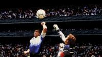 Diego Maradona Meninggal Dunia dan Gol Tangan Tuhan yang Melegenda