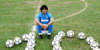 Tarian Maradona Membius Pemain Stuttgart