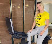 Momen Wanda Nara, WAGs Mauro Icardi Bingung Pernyataan Conte soal Seks