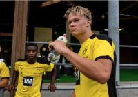 Haaland Kembali Jadi Buruan, Zorc: Dia di Dortmund dalam Waktu Panjang!