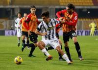 Juventus Diimbangi Benevento di Babak Pertama