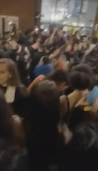 Langgar UU Covid-19, Polisi Bubarkan Pesta 200 Mahasiswa