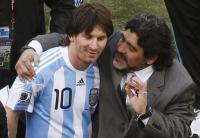 Maradona Vs Messi, Siapa Lebih Baik?