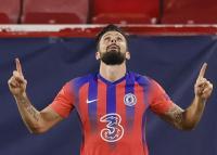 Giroud Empat Gol, Chelsea Berpesta di Kandang Sevilla