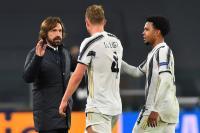 Pirlo Tersenyum Melihat Permainan Juventus saat Bantai Dynamo Kiev 3-0
