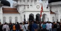 Milad GAM ke-44 Diwarnai Pengibaran Bendera Bintang Bulan