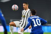 Cristiano Ronaldo Bidik 800 Gol, Lewati Pele dan Romario