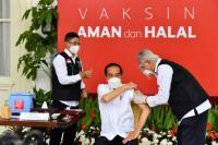 Jokowi: Vaksinasi adalah Game Changer, Kunci yang Menentukan