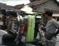 Kecelakaan Maut Truk Sampah vs Truk Tronton di Semarang, 3 Tewas di Tempat