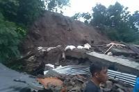 Tewaskan 5 Orang, Berikut Foto Banjir dan Tanah Longsor di Kota Manado