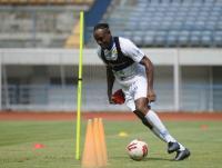 Bek Naturalisasi Persib Dorong PSSI Segera Putuskan Nasib Liga 1 2020
