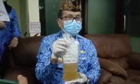 Sembuh dari Covid-19, Bupati Cirebon Donorkan Plasma Darahnya