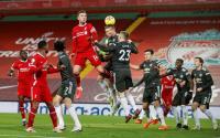 Gary Neville Kaget Man United Bisa Imbangi Liverpool