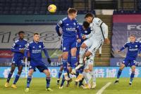 Leicester City Unggul Dua Gol atas Chelsea di Babak Pertama