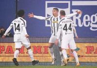 Gol Ronaldo Bantu Tekuk Napoli 2-0, Juventus Boyong Piala Super Italia