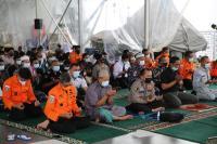 Seuntai Doa di Atas Kapal KRI Semarang untuk Korban Sriwijaya SJ-182