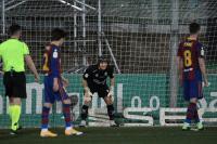 Pjanic Gagal Penalti, Barcelona Diimbangi Cornella 0-0 di Paruh Pertama