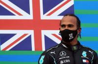 CEO F1: Lewis Hamilton Belum Bilang Perpanjang Kontrak atau Tidak