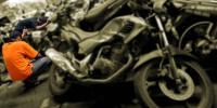 Setelah Curi Motor Petani, Sepasang Kekasih Tidur di Kuburan