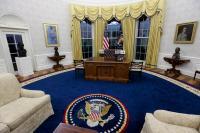 Berkantor di Ruang Oval, Biden Rombak Semua Dekorasi Peninggalan Trump