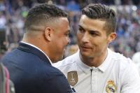 Cerita Ronaldo kala Terpesona oleh Kecantikan Istri Luis Figo