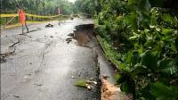 Hujan Lebat, Jalan Penghubung 4 Kabupaten di Sulsel Ambles