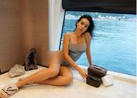 2 Potret Georgina Rodriguez Tampil Vulgar, Mana yang Paling Hot?