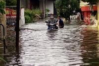 30 Titik Banjir Semarang, Ketinggian hingga 90 Cm