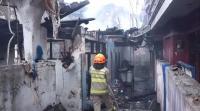 Korsleting Listrik, 9 Rumah di Bandung Ludes Terbakar