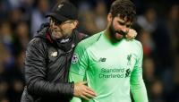 Berikan Waktu Berkabung, Liverpool Izinkan Alisson Absen di Laga Kontra Sheffield
